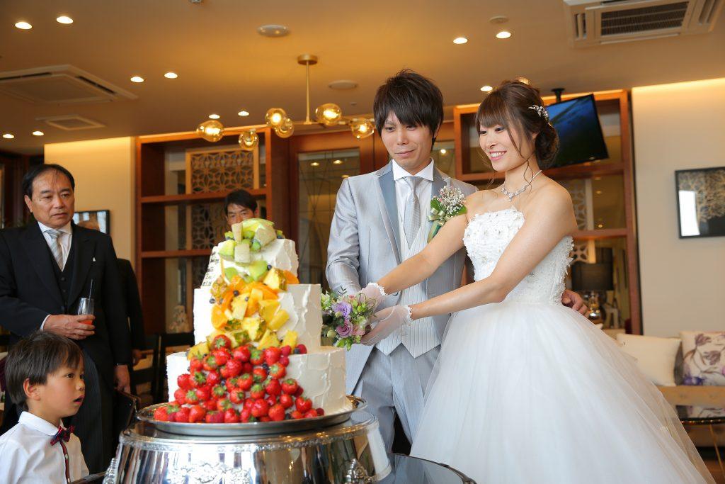 フルーツがたぁ~くさん♡贅沢なウェディングケーキ♡