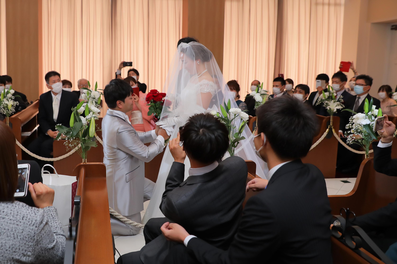 12個の想いを込めて新郎様は新婦様へプロポーズを行います♥